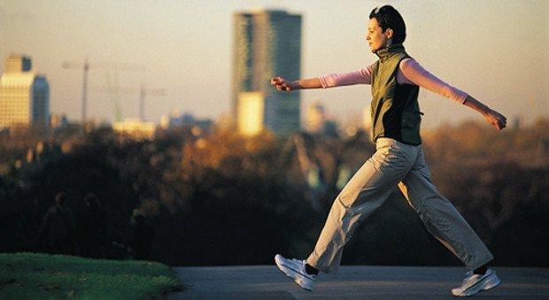Marche et marche rapide : marcher pour éliminer les calories