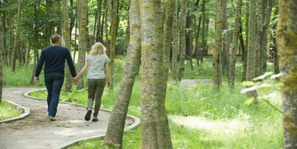 Marcher pour perdre du ventre, éliminer le stress et se ressourcer