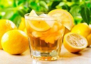 Le citron, un fruit naturel à presser pour perdre du ventre